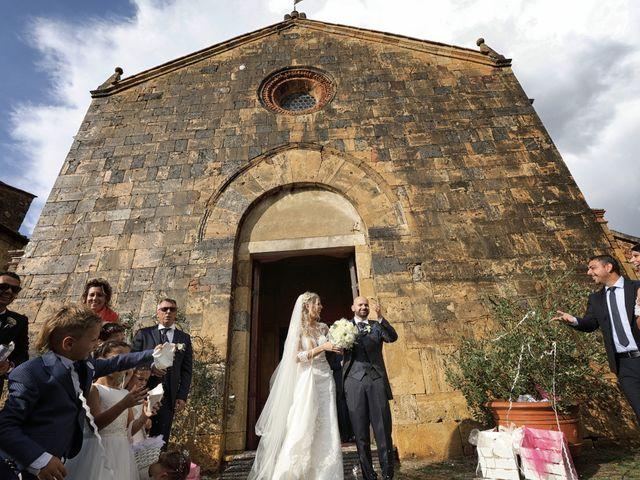 Il matrimonio di Antonio e Azzurra a Monteriggioni, Siena 41