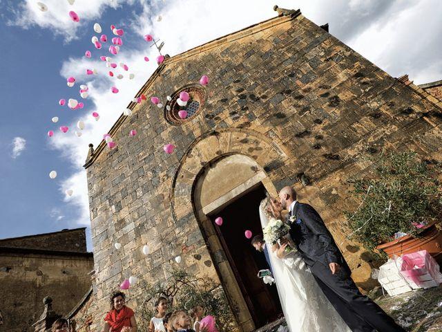 Il matrimonio di Antonio e Azzurra a Monteriggioni, Siena 42