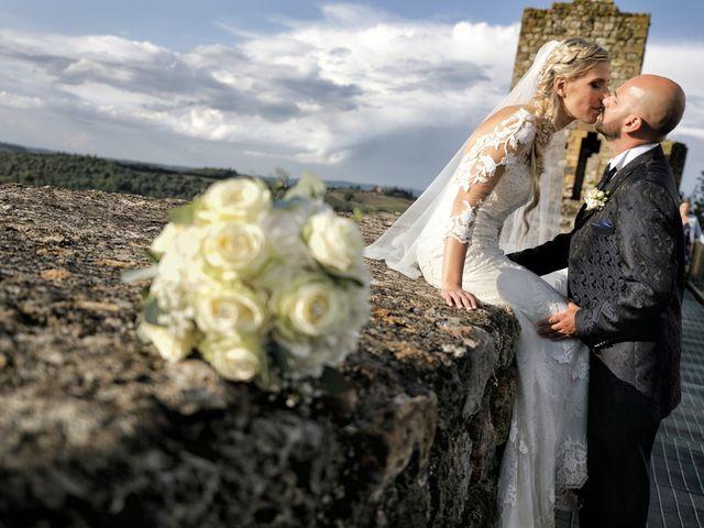 Il matrimonio di Antonio e Azzurra a Monteriggioni, Siena 50
