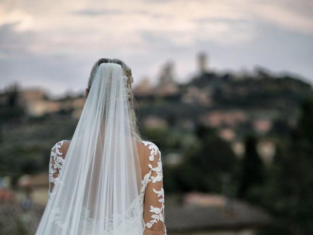 Il matrimonio di Antonio e Azzurra a Monteriggioni, Siena 56