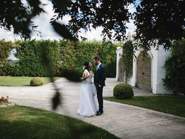 Il matrimonio di Walter e Adriana a Foggia, Foggia 36