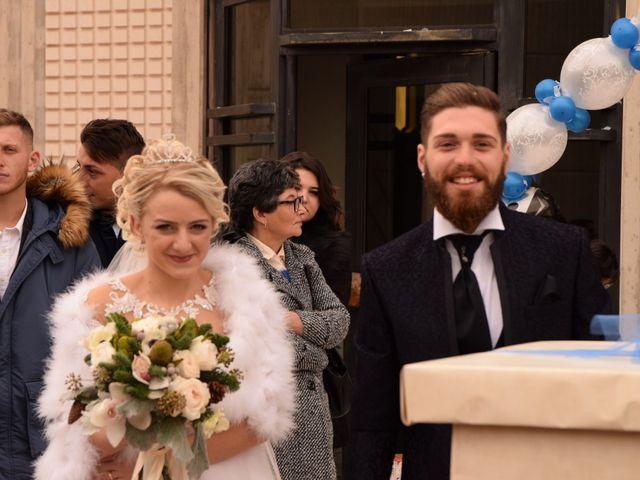 Il matrimonio di Michele e Carmela a Cagnano Varano, Foggia 7