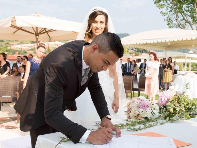 Il matrimonio di Gabriel e Simona  a Belvedere  Marittimo, Cosenza 65