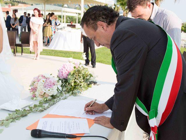 Il matrimonio di Gabriel e Simona  a Belvedere  Marittimo, Cosenza 66