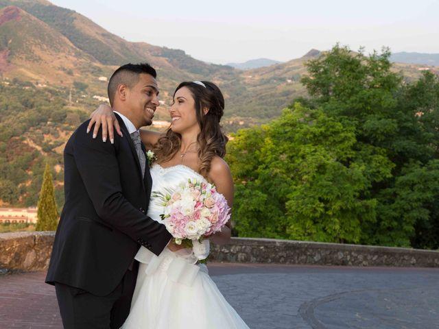 Il matrimonio di Gabriel e Simona  a Belvedere  Marittimo, Cosenza 76