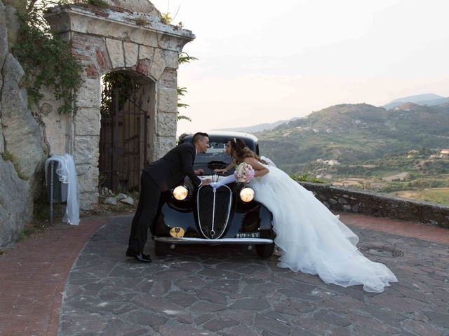 Il matrimonio di Gabriel e Simona  a Belvedere  Marittimo, Cosenza 79