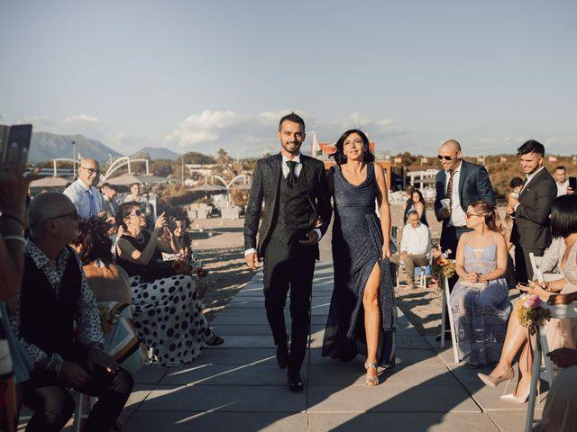 Il matrimonio di Damiano e Alice a Viareggio, Lucca 35