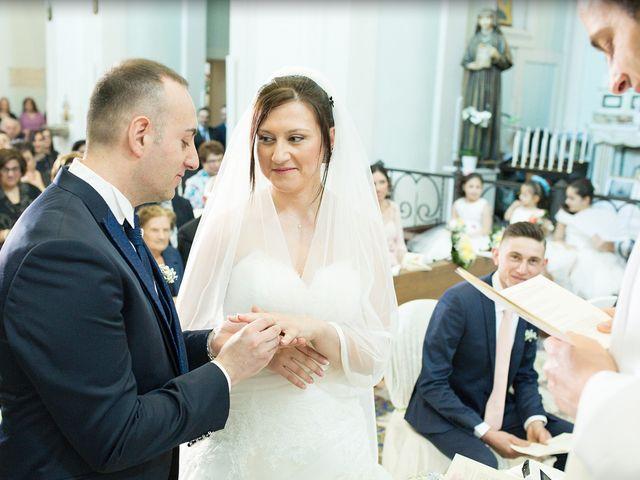 Il matrimonio di Diego e Francesca a Maddaloni, Caserta 17