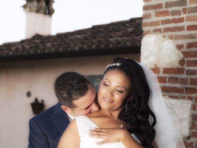 Il matrimonio di Alberto e Jasmine a Villafranca di Verona, Verona 17