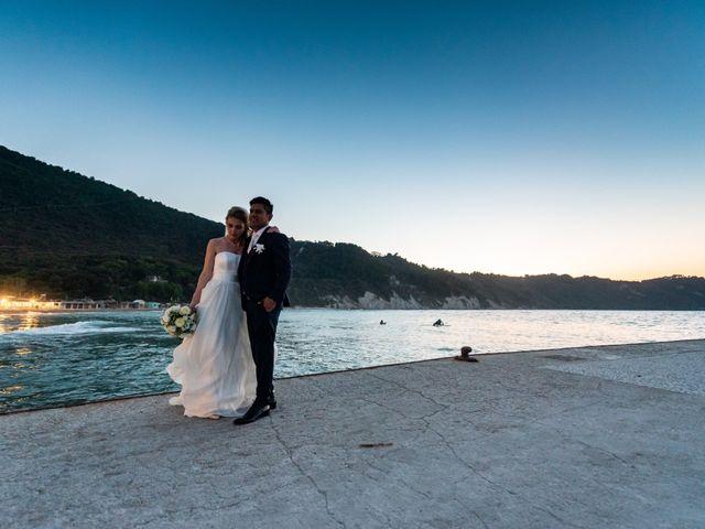 Il matrimonio di Roberto e Romina a Numana, Ancona 24