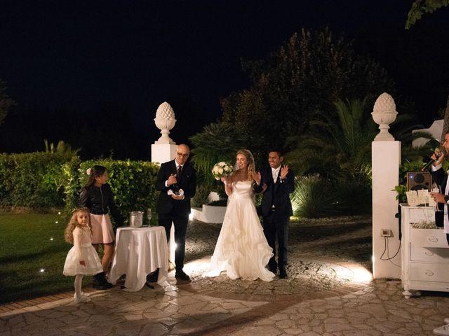 Il matrimonio di Roberto e Romina a Numana, Ancona 31