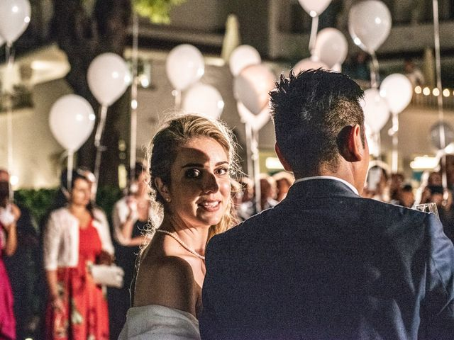 Il matrimonio di Roberto e Romina a Numana, Ancona 43