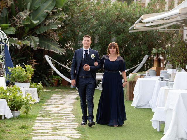 Il matrimonio di Lara e Denis a Terracina, Latina 23
