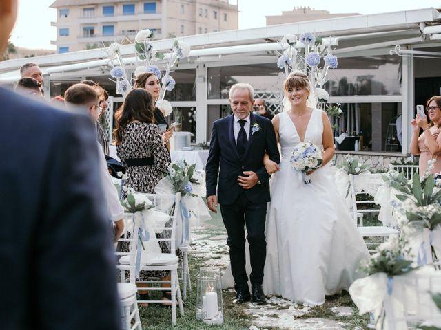 Il matrimonio di Lara e Denis a Terracina, Latina 24