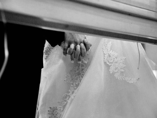 Il matrimonio di Marco e Maddalena a Peschiera del Garda, Verona 21