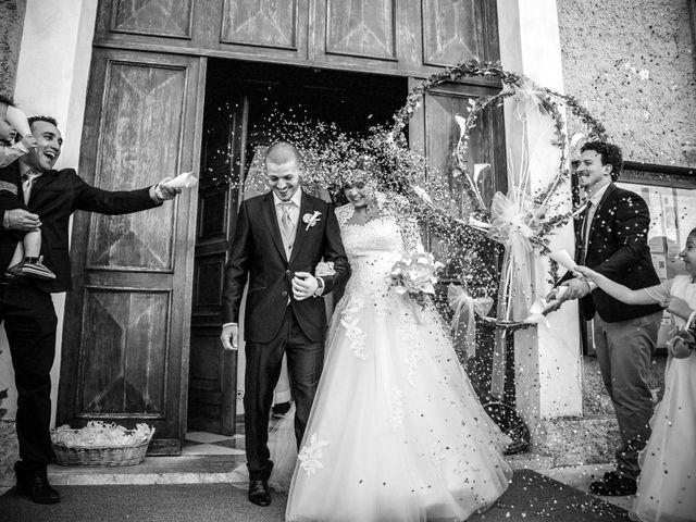 Il matrimonio di Marco e Maddalena a Peschiera del Garda, Verona 25