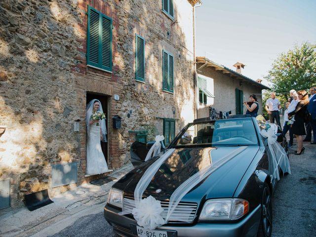 Il matrimonio di Dumitru e Iuliana a Chiusdino, Siena 14