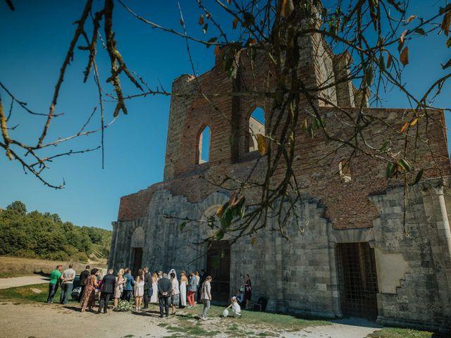 Il matrimonio di Dumitru e Iuliana a Chiusdino, Siena 38