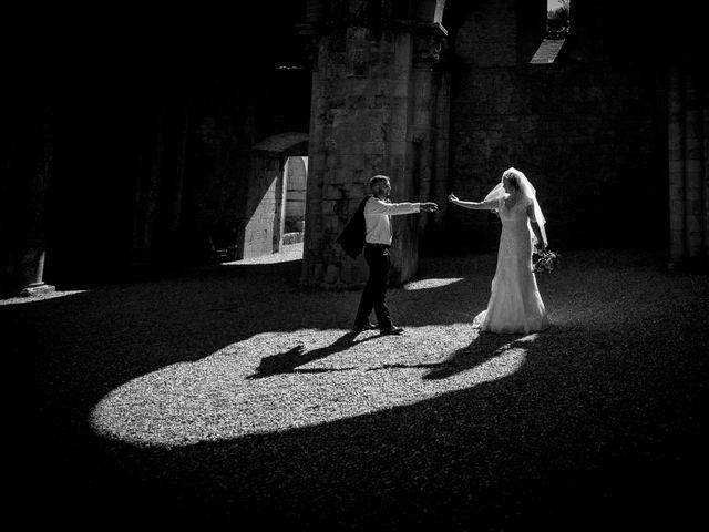 Il matrimonio di Dumitru e Iuliana a Chiusdino, Siena 50