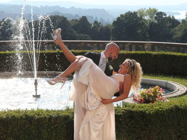 Il matrimonio di Matteo e Elisa a Gazzada Schianno, Varese 16