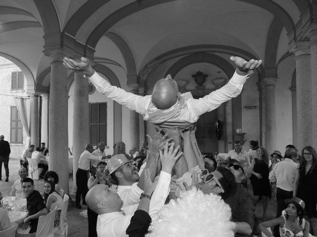 Il matrimonio di Matteo e Elisa a Gazzada Schianno, Varese 24
