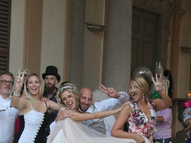 Il matrimonio di Matteo e Elisa a Gazzada Schianno, Varese 25