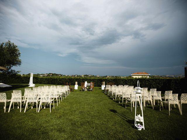 Il matrimonio di Fabrizio e Alessandra a Mosciano Sant'Angelo, Teramo 3