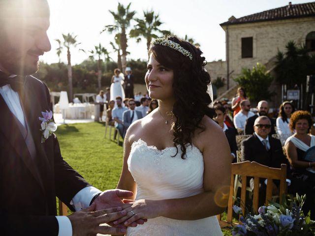 Il matrimonio di Fabrizio e Alessandra a Mosciano Sant'Angelo, Teramo 24