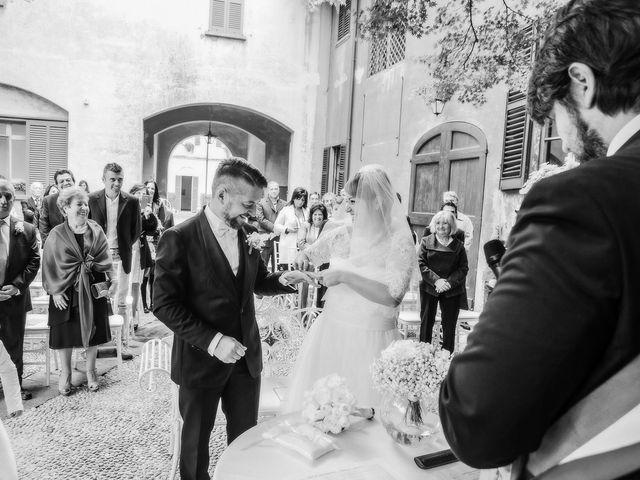 Il matrimonio di Marco e Valentina a Tradate, Varese 27