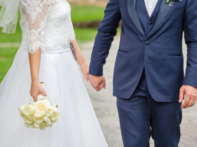 Il matrimonio di Marco e Valentina a Tradate, Varese 31