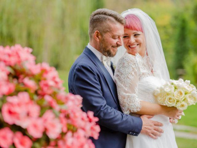 Il matrimonio di Marco e Valentina a Tradate, Varese 32