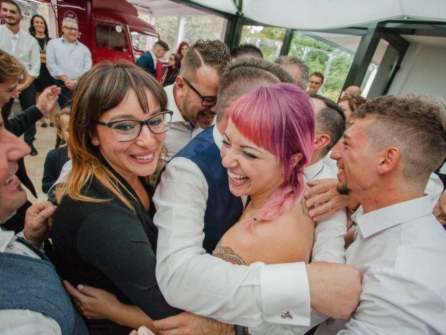 Il matrimonio di Marco e Valentina a Tradate, Varese 40