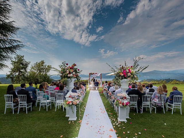 Il matrimonio di Simone e Chiara a Besozzo, Varese 8