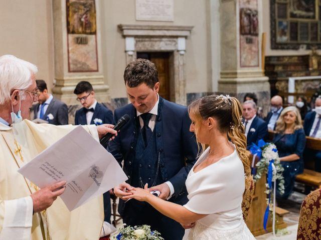 Il matrimonio di Daniele e Monica a Iseo, Brescia 23