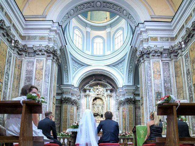 Il matrimonio di Fabio e Giusy a Napoli, Napoli 28