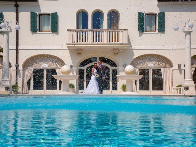 Il matrimonio di Alessandra e Mattia a Torre di Mosto, Venezia 14