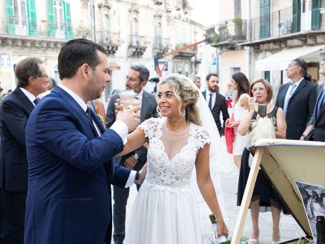 Il matrimonio di Carlo e Ludovica a Modica, Ragusa 21