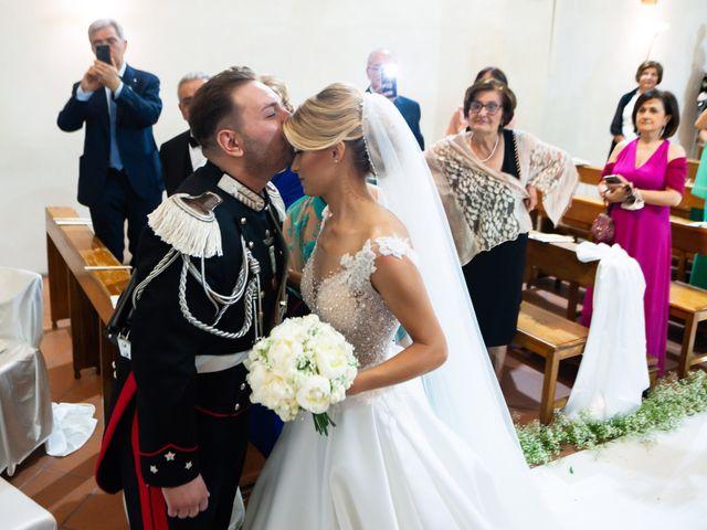 Il matrimonio di Raffaele e Serena a Tricarico, Matera 21