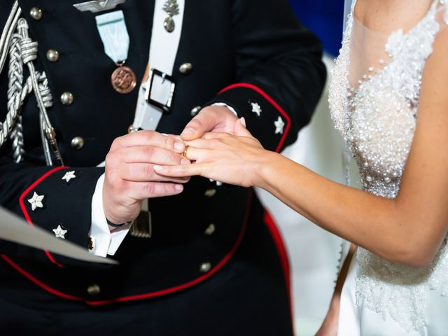 Il matrimonio di Raffaele e Serena a Tricarico, Matera 24