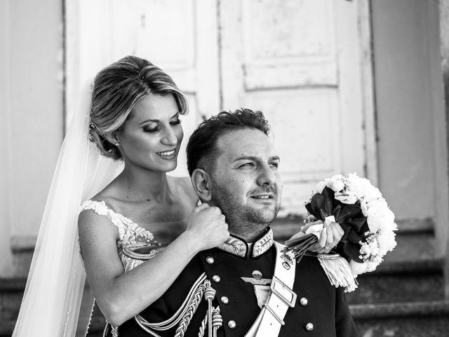Il matrimonio di Raffaele e Serena a Tricarico, Matera 28
