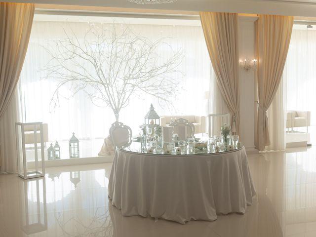 Il matrimonio di Raffaele e Serena a Tricarico, Matera 37