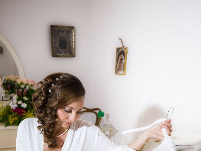 Il matrimonio di Uriele e Claudia a Vietri sul Mare, Salerno 17