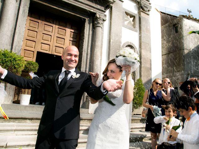 Il matrimonio di Uriele e Claudia a Vietri sul Mare, Salerno 32