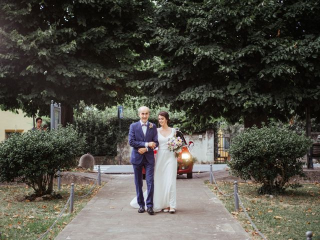Il matrimonio di Gabriele e Letizia a Collesalvetti, Livorno 33