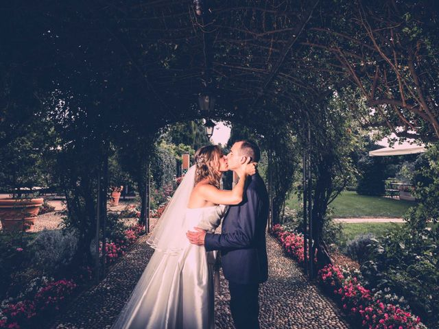 Il matrimonio di Marco e Elena a Roverbella, Mantova 16