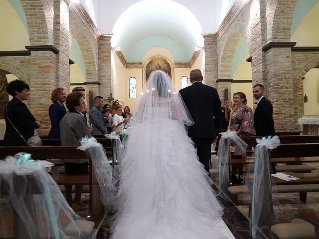 Il matrimonio di Antonino e Elena a Petriano, Pesaro - Urbino 19