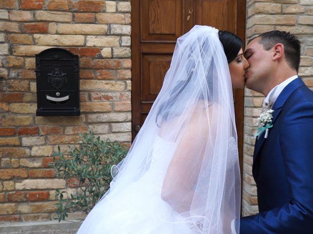Il matrimonio di Antonino e Elena a Petriano, Pesaro - Urbino 24