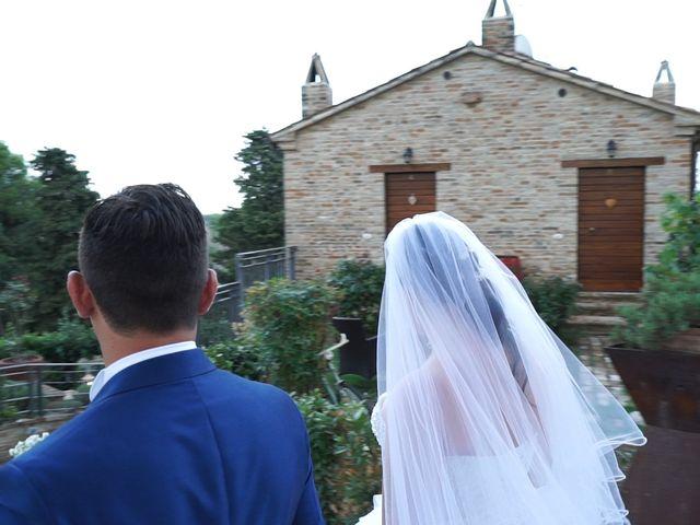 Il matrimonio di Antonino e Elena a Petriano, Pesaro - Urbino 26
