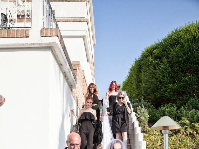 Il matrimonio di Vanessa e Danilo a Termoli, Campobasso 24