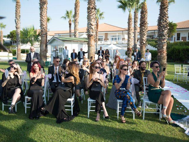 Il matrimonio di Vanessa e Danilo a Termoli, Campobasso 27
